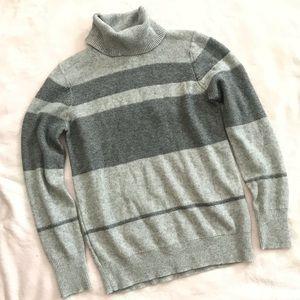 Banana Republic Filpucci Gray Turtleneck Sweater